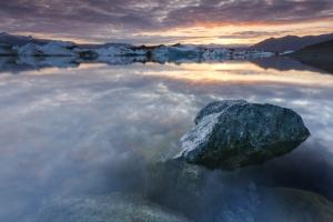 Frozen shore line