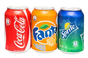 Drinks cans Image by Radu Bercan / Shutterstock.com