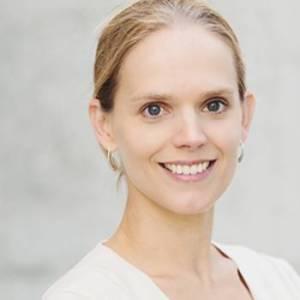 Dr. -Ing Laura De Laporte